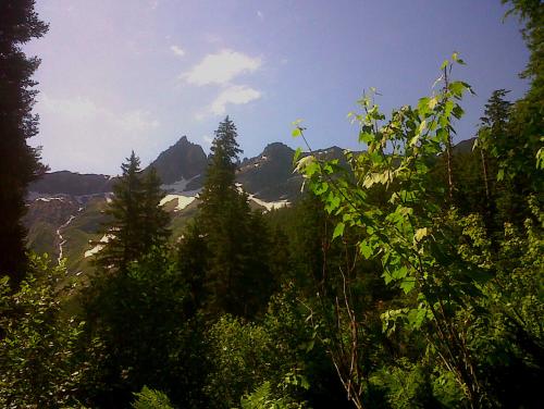 glacier heavens peak